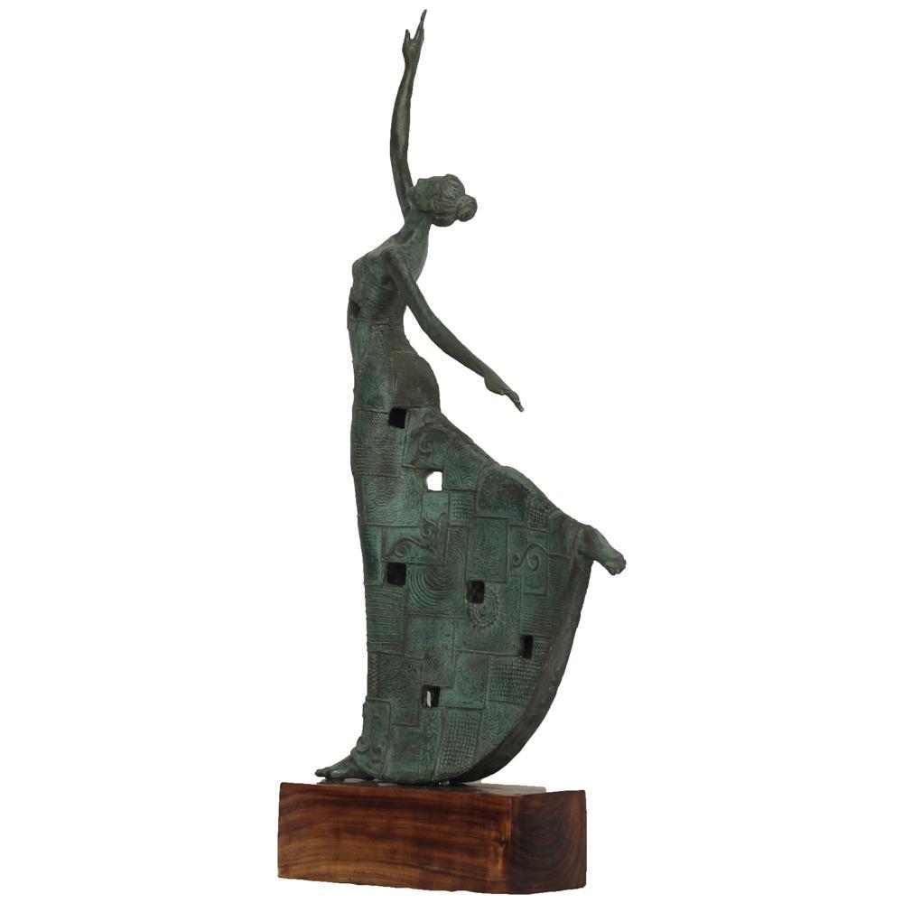 Kiran Shigvan bronze sculpture